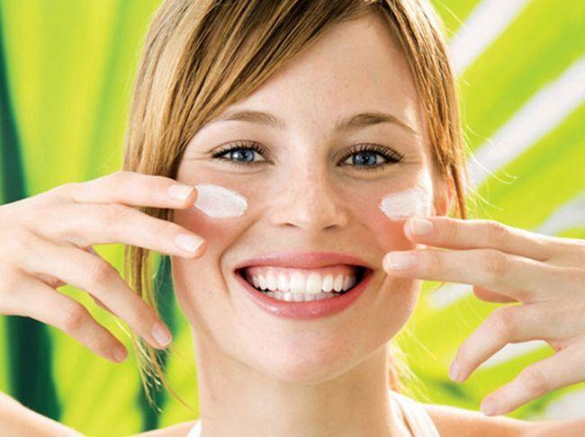 Робимо домашній крем для обличчя для в'янучої шкіри. Кращі рецепти