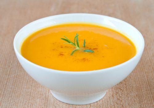 Смачні супи: рецепти для годуючих мам