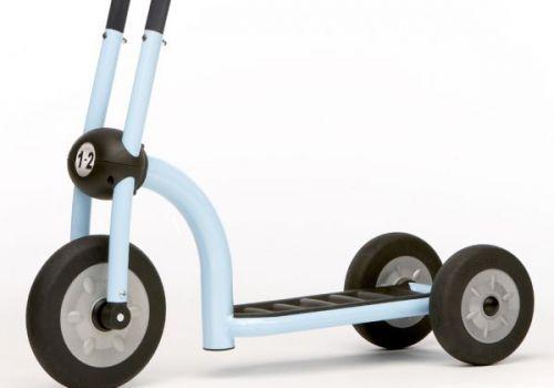 Вибираємо дитячий триколісний самокат: відгуки про виробників