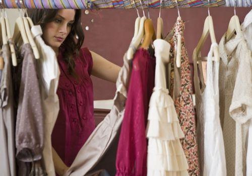 Вибираємо модні жіночі комбінезони для мам
